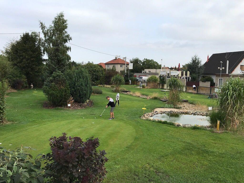 Příměstský golfový tábor